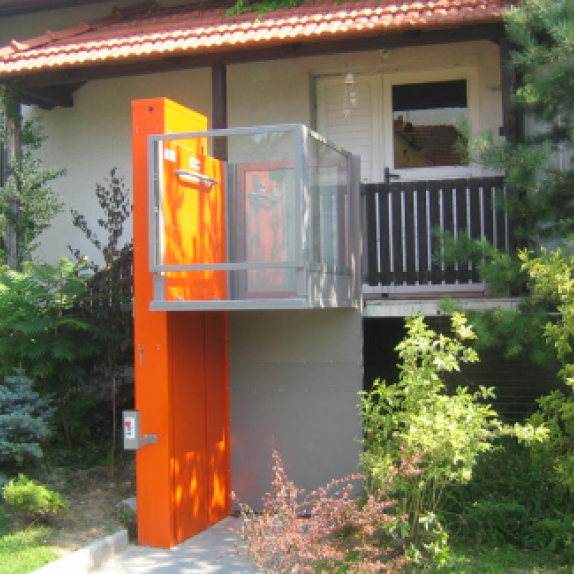 Alpin - Accessible Lift